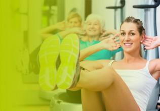 Drei Frauen beim Bauch-Training